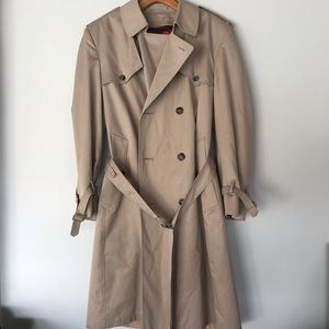 London Towne Large Rain w/ Lining Trench Coat